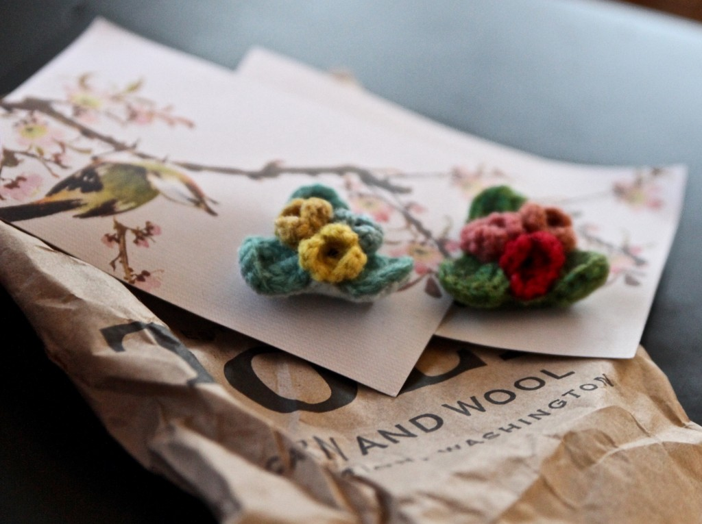 Wooly mini corsages