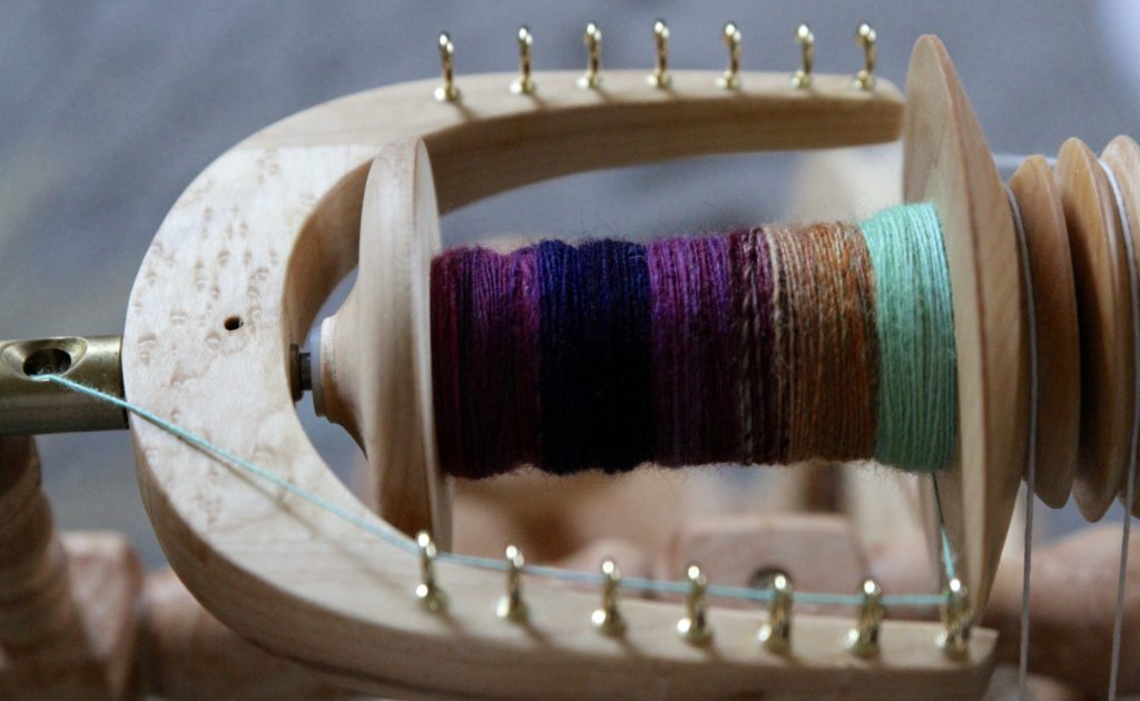 Hummingbird in BFL by Helloyarn