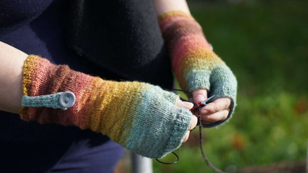 Knitting in PDX Photo by @Thao713 on Instagram and Ravelry